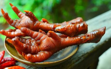 How To Cook Chicken Feet To Make An Awesome Delicacy