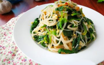 the best dish of summer spinach with vermicelli