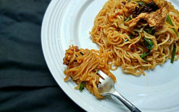 How To Make Chinese Lo Mein Noodles In 15 Minutes