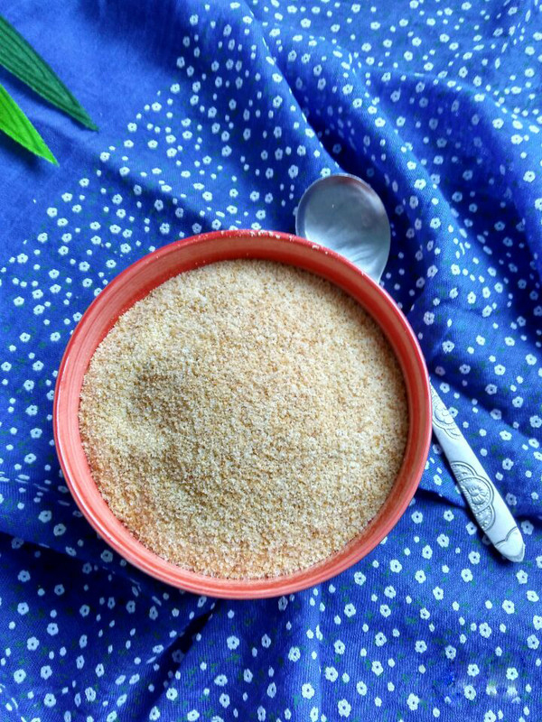 Put these breadcrumbs into a plastic grocery bag