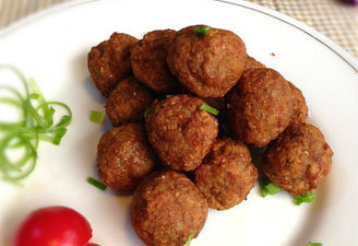 The Delicious And Appetizing Dry Fried Meatballs