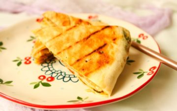 the delicious and palatable thousand layer meat pies